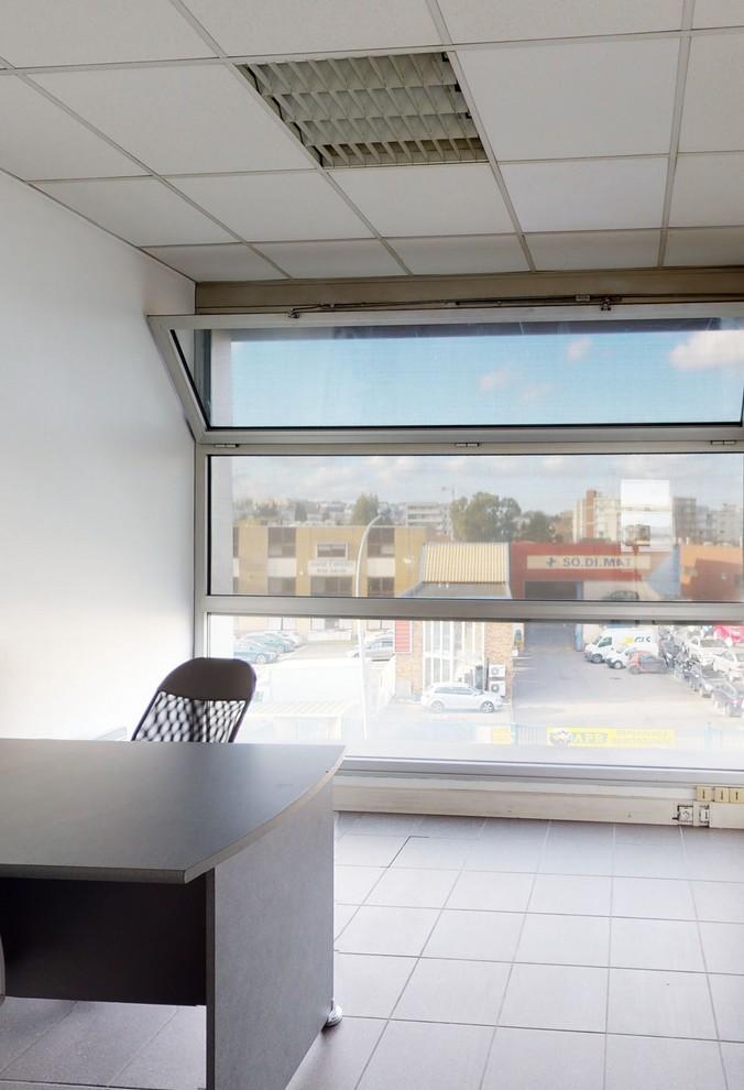Bureau 12 m2